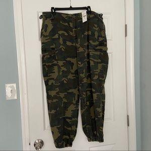 Plus size Army fatigue pants